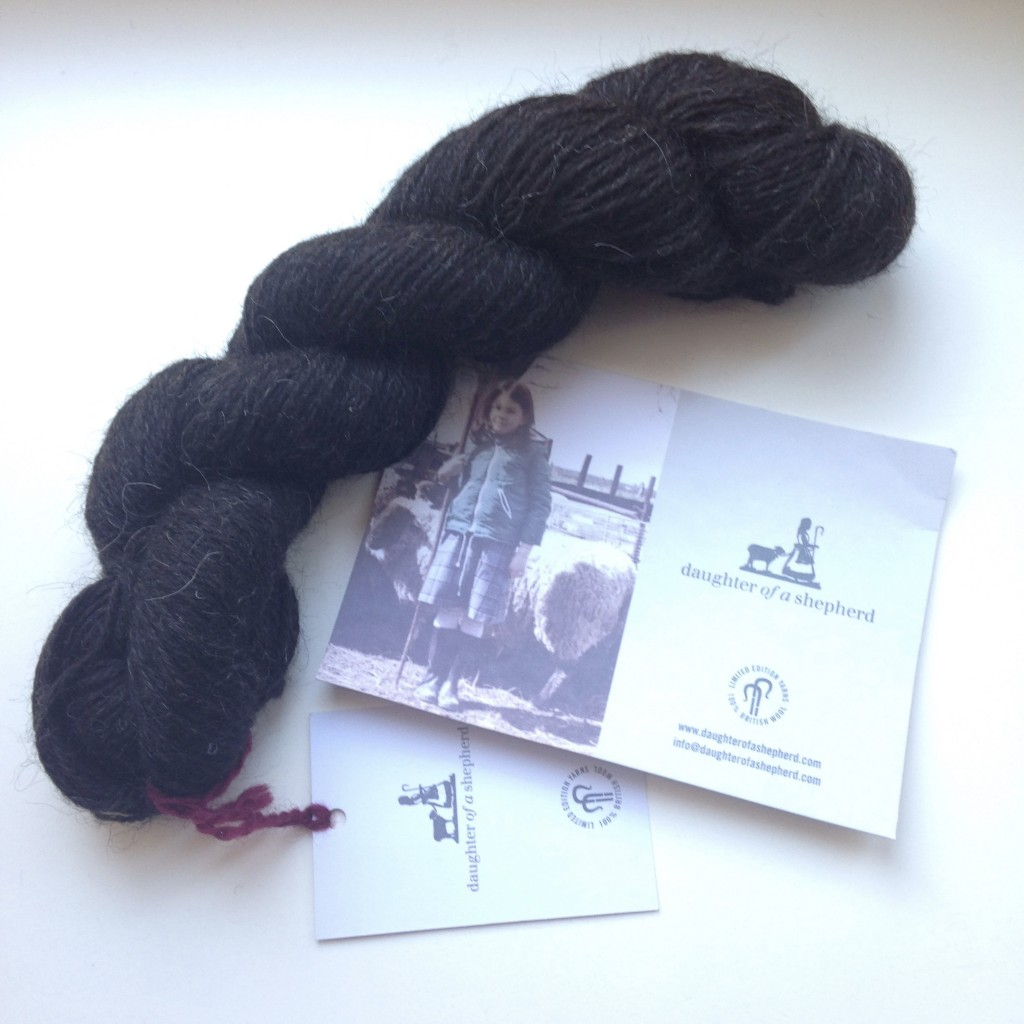 100% Hebridean yarn - Alas a photo can't capture the texture, colour and smell of this yarn